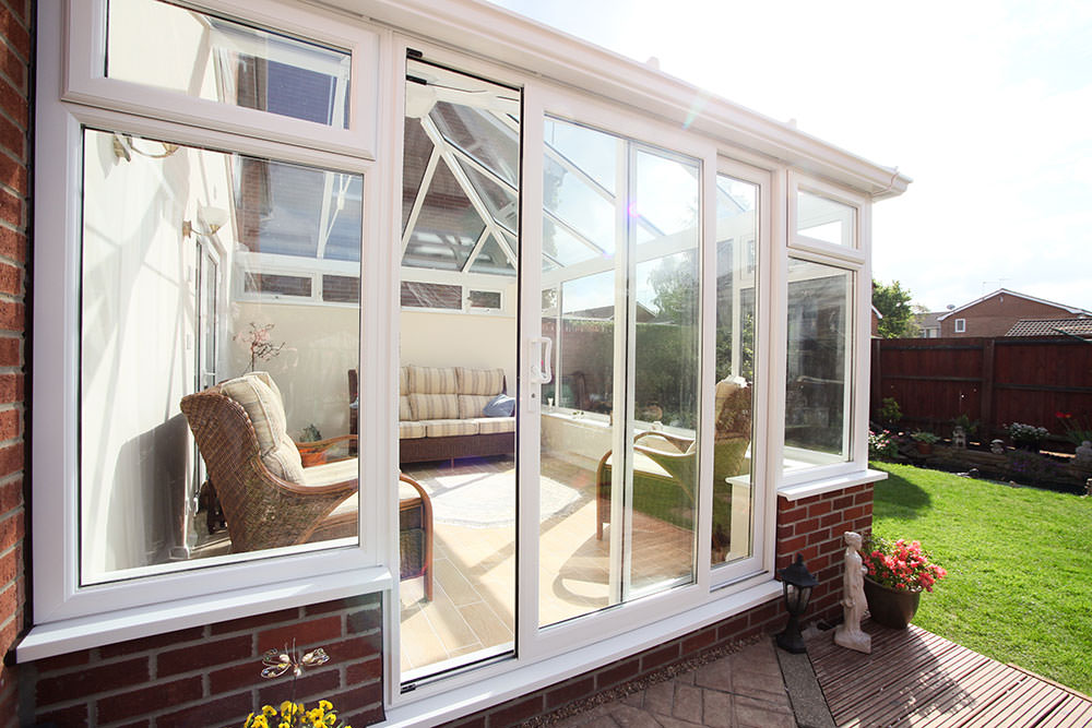Upvc patio doors milton keynes wis upvc sliding door for Upvc balcony doors