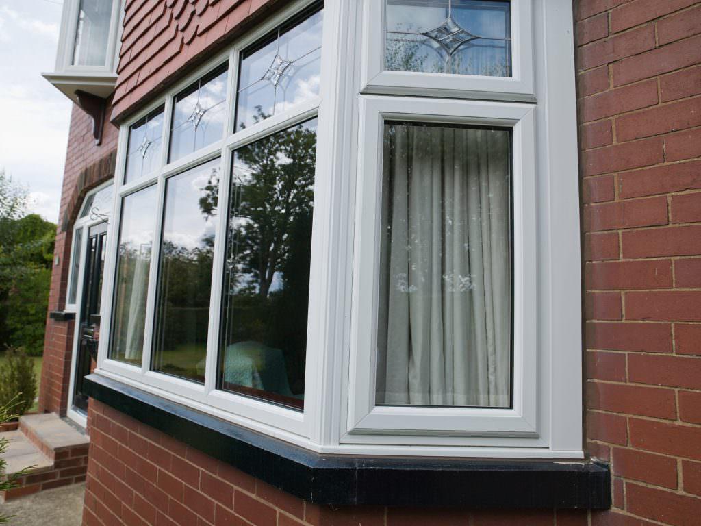 Upvc bow and bay windows milton keynes windows prices for Discount bay windows