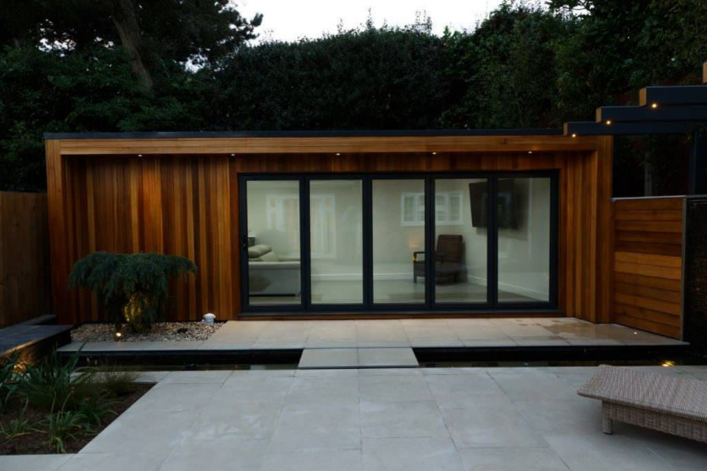Garden room prices Milton Keynes